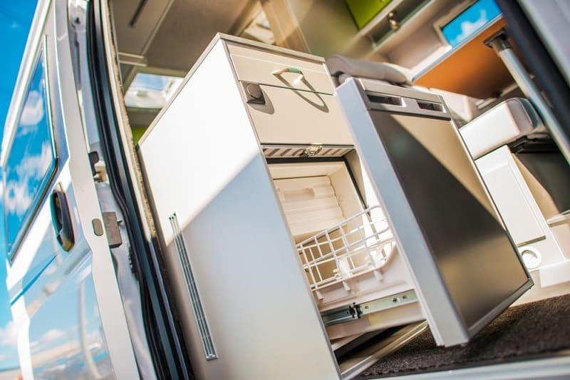 Choosing the Right RV Refrigerator: Propane vs Electric