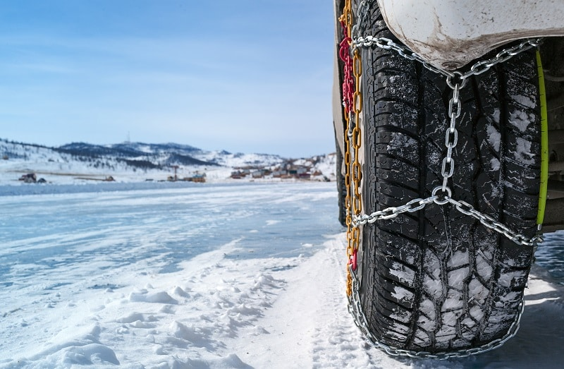 Using RV Tire Chains In The Snow