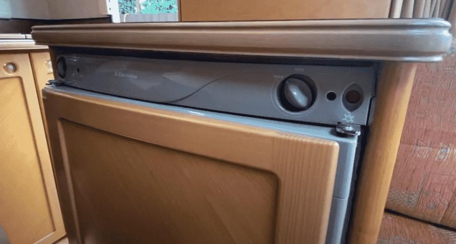 electrolux camper fridge problems