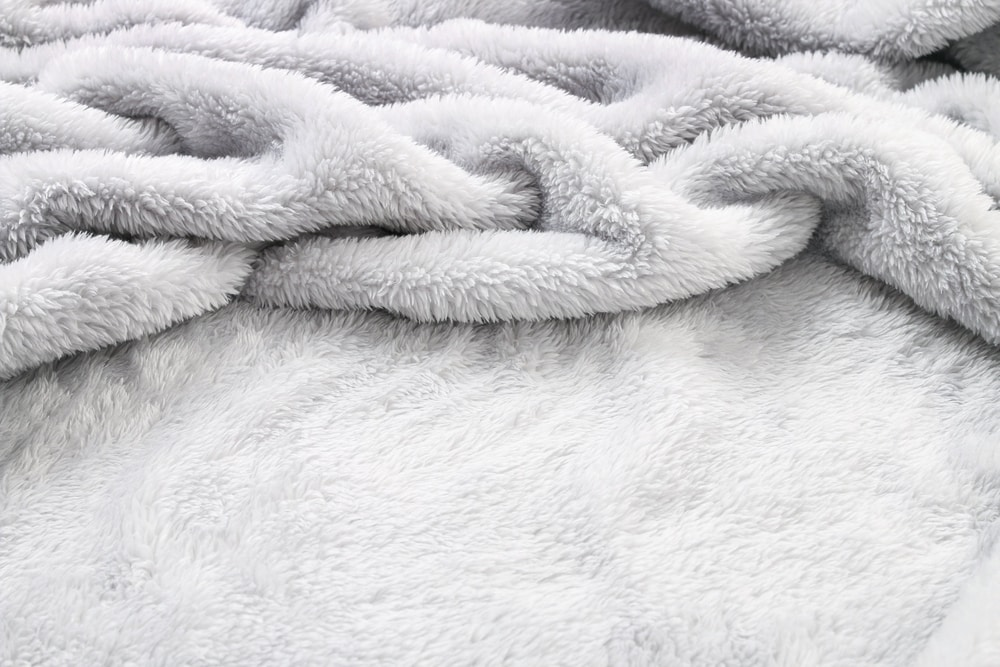 thick blankets for camping