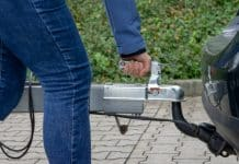 is a weight distribution hitch required