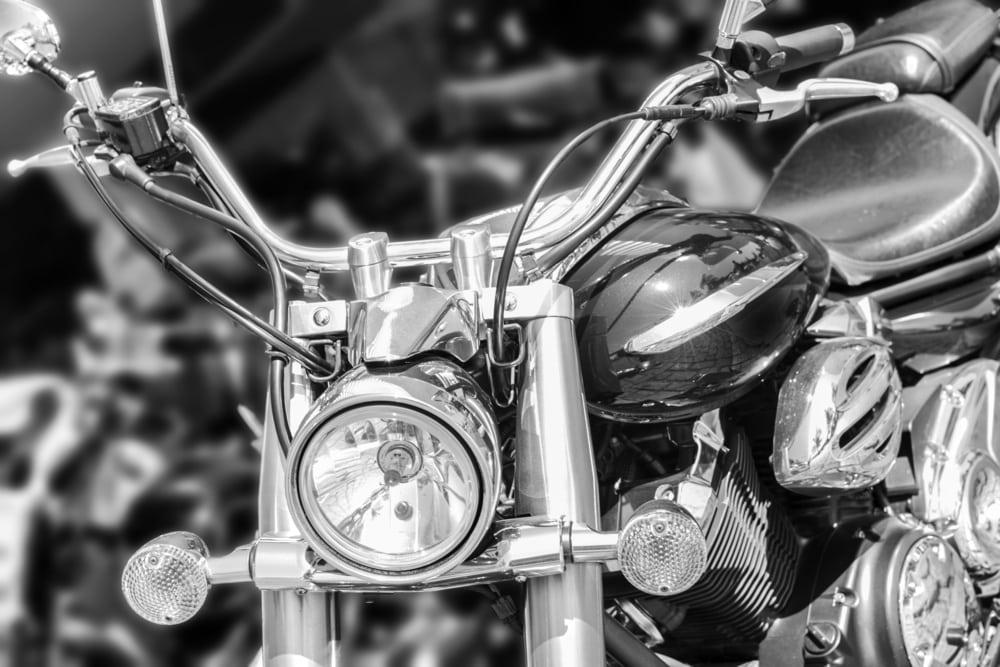 b&w biker bar problems