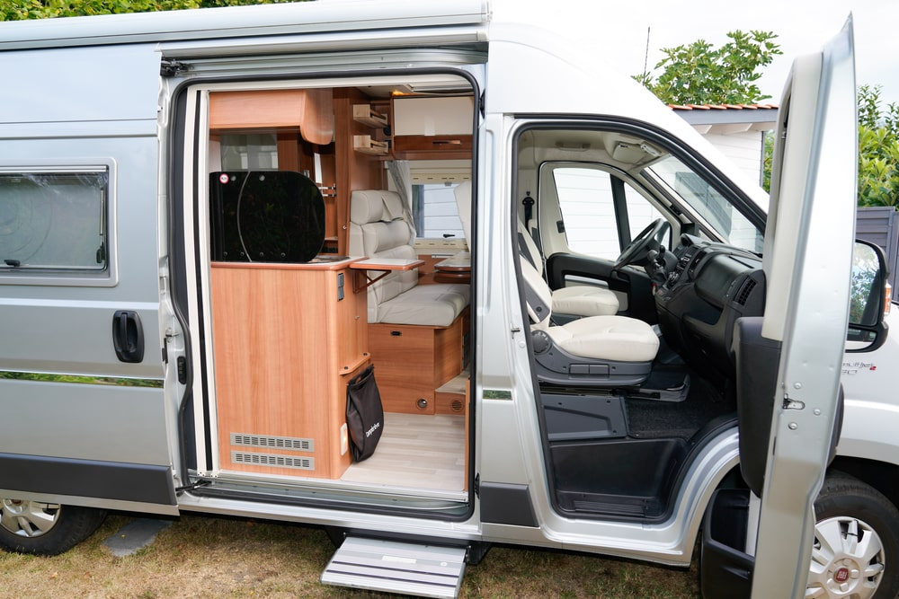 rv slide out height adjustment