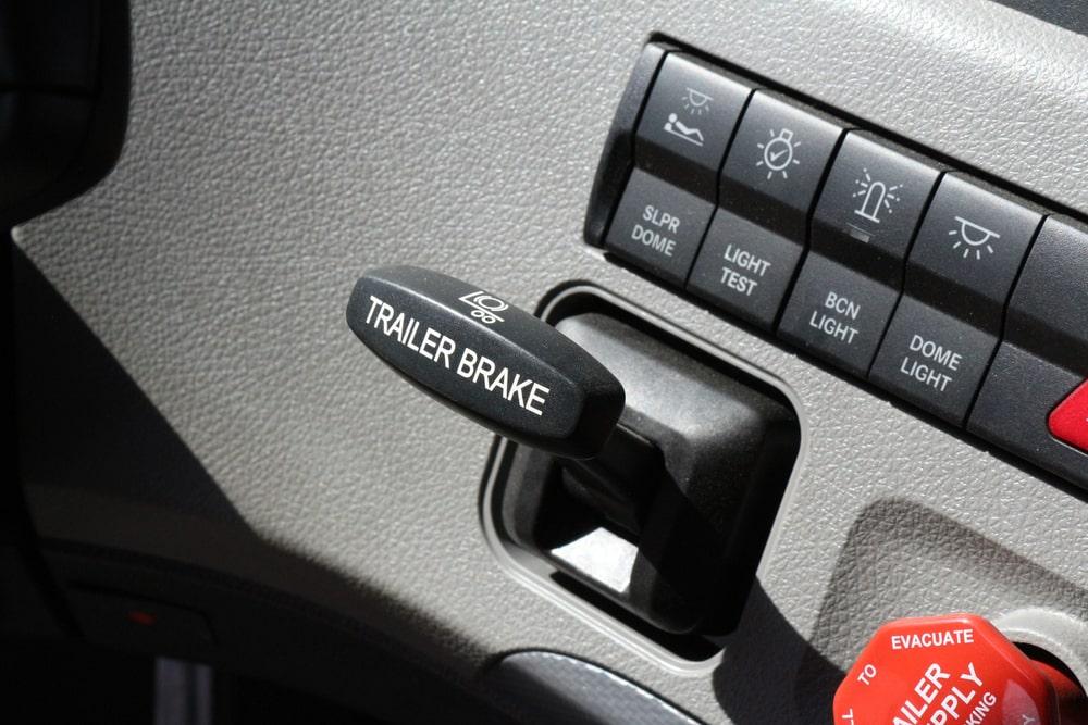 proportional vs time delayed brake controller